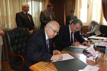 سفارات لمكتبة الإسكندرية بالجامعات المصرية