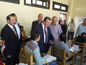 Benha University President inspects the Committees of Final Exams