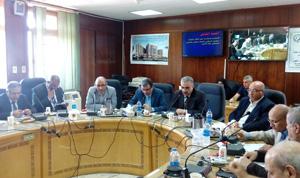 نائب رئيس جامعة بنها يكرم أعضاء هيئة التدريس بكلية الطب