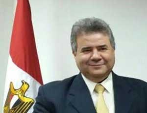 Le président de l'Université de Benha assiste à la réunion du Comité permanent de la promotion des professeurs d'ingénierie de production et de dessein mécanique
