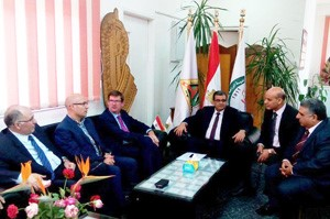 The Vice president of Surrey University visits the Faculty of Agriculture in Moshtohor