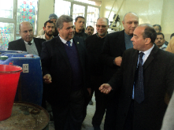 The University President inspects the Industrial Cleaners Unit in the Faculty of Science