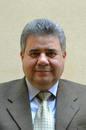 القاضي من المطار إلي مستشفي بنها الجامعي