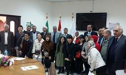 Le président de l'Université de Banha reçoit une délégation d'étudiants de l'Université chinoise des nationalités.
