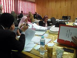 Le professeur Elsayed Elkaddi Président de l'Université Banha rencontre le Comité de la qualité