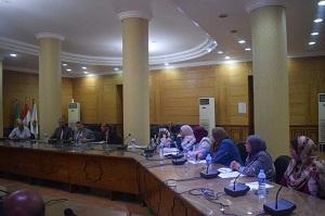 في إجتماعه بمديري الكليات: رئيس جامعة بنها يؤكد علي أهمية الأنشطة الطلابية