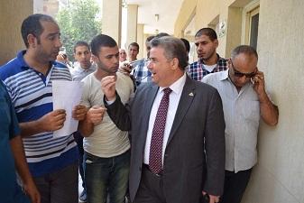 القاضي يشدد علي الإسراع في إستخراج الشهادات الجامعية