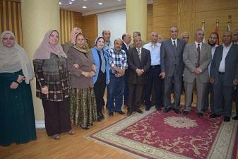نائب رئيس جامعة بنها يستعرض إنجازات الجامعة أمام أمناء الكليات ومديري العموم