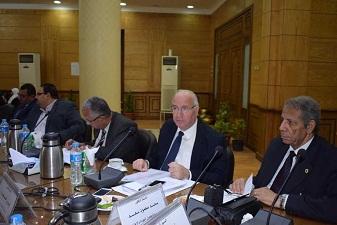 مجلس جامعة بنها يوافق: أبوسريع مستشاراً لوزير التربية والتعليم
