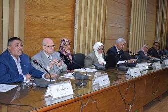 في اجتماعها الخامس لجنة ندوة التعداد السكاني: 19 ديسمبر الندوة تحت رعاية رئيس جامعة بنها
