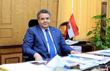 رئيس جامعة بنها يناقش خطة العمل مع رئيس مجلس ادارة المستشفيات الجامعية