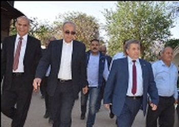 Benha University president and the Qulubia governor inspect the new fish farm
