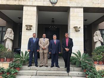القاضى في ضيافة السفارة المصرية ببكين