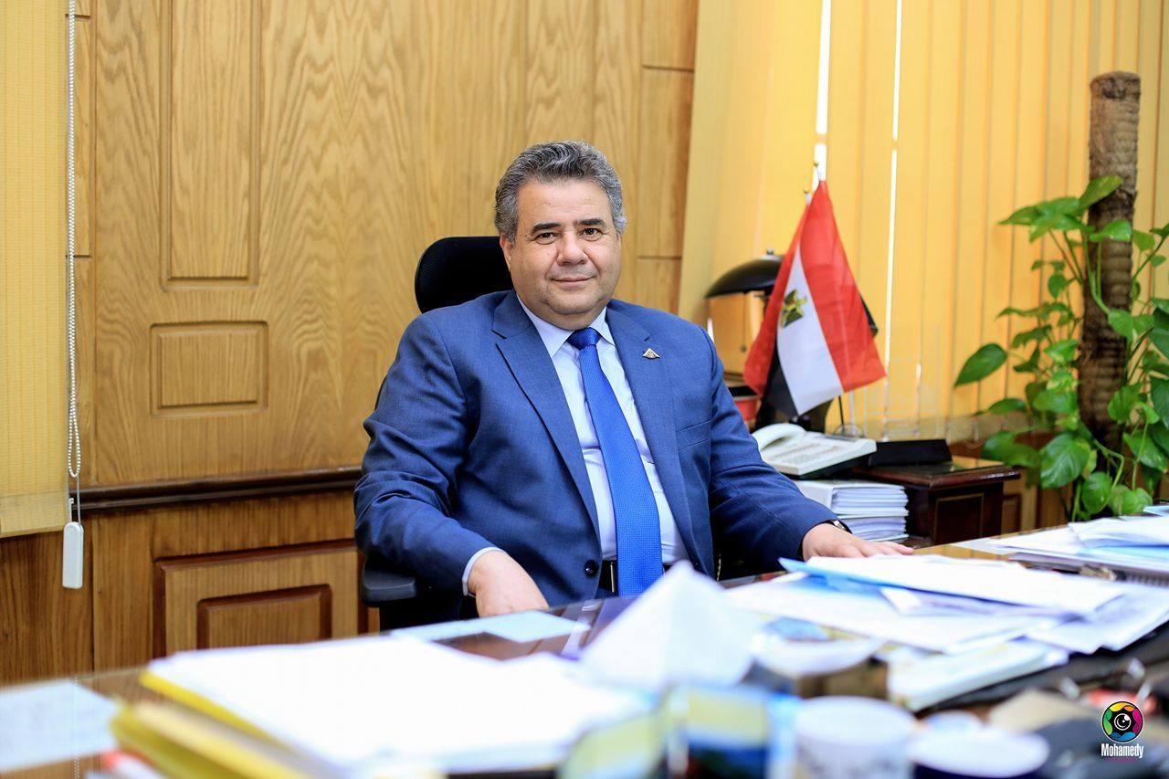 650 جنيه منحة عيد الأضحي للعاملين بجامعة بنها