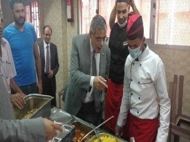 The university president inspects the university hostel in Kafr-Saad