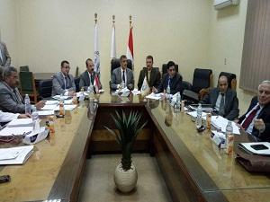 تشكيل لجنة لإختيار عميد كلية الحقوق ببنها