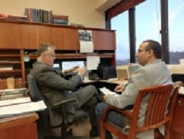 The dean of the faculty of vetenariry medicine visits his peer in Illinois University
