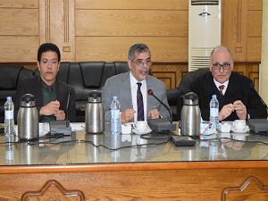 المغربي يوجه بسرعة تفعيل الذاكرة المؤسسية وميكنة الأعمال الإدارية بجامعة بنها