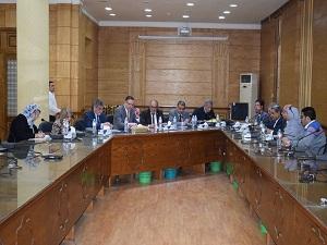 السعيد  والمغربى  يشهدان اجتماع اللجنة العليا لتطوير التعليم بجامعة بنها