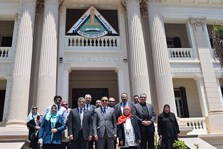 تمهيد لافتتاحها قريبا: لجنة من المجلس الاعلي للجامعات تزور كلية العلاج الطبيعي بجامعة بنها