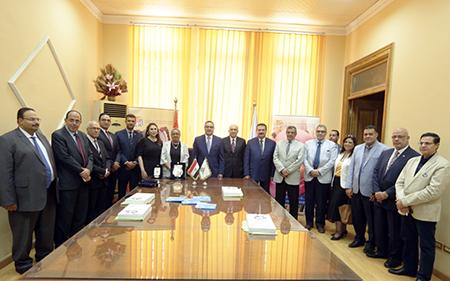 شراكة بين جامعة بنها والبنك التجارى الدولى لدعم الأطفال المبتسرين بالمستشفيات الجامعية