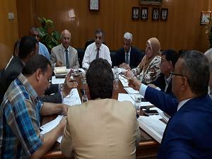 «المغربى» يترأس اجتماع مجلس المدن الجامعية بجامعة بنها