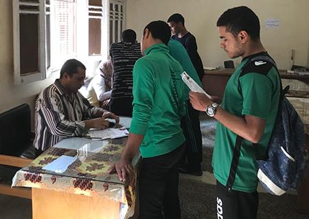 اقبال من الطلاب على الترشح لانتخابات الاتحادات الطلابية بجامعة بنها