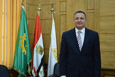 رئيس جامعة بنها يهنىء الرئيس السيسى بذكرى أعياد الشرطة