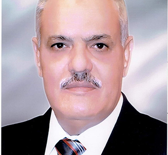 لخدمة العاملين والمترددين :مصعد هديه من الهيئة العربية للتصنيع لمبني إدارة جامعة بنها