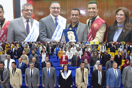 Benha University President attends the Inauguration Ceremony of the Students ' Union