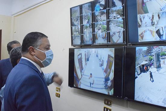 «السعيد» يفتتح وحدة منظومة كاميرات المراقبة بجامعة بنها