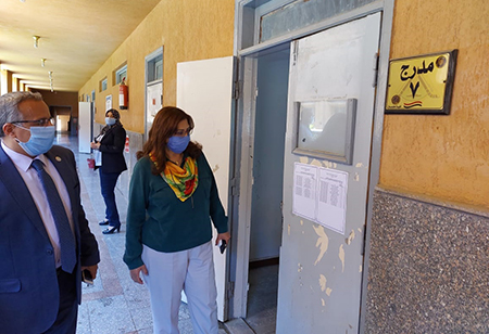 Dr. Randa Mustafa inspects the Faculties ' Preparations for Exams
