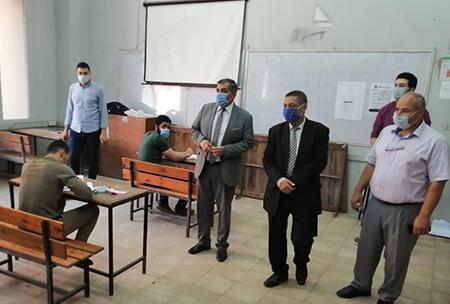 «المغربى» يتفقد سير الامتحانات بهندسة بنها