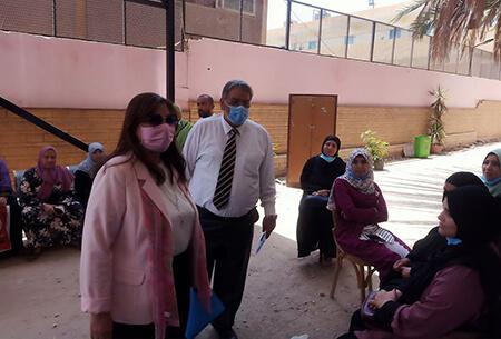 نائب رئيس جامعة بنها لخدمة المجتمع تتفقد وحدة رعاية المرأة بطب بنها