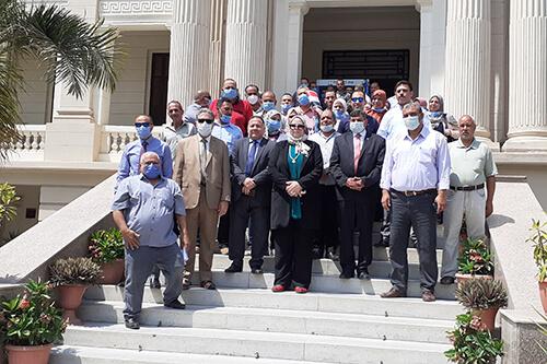أمين عام جامعة بنها: منح العاملين أجازه نصف يوم للمشاركة في انتخابات الشيوخ