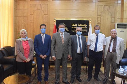 رئيس جامعة بنها يستقبل رئيس الجامعة المصرية الاسلامية بكازاخستان لبحث سبل التعاون المشترك