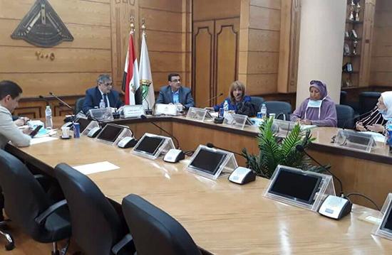 المغربي يترأس اجتماع اللجنة العليا لتطوير التعليم بجامعة بنها