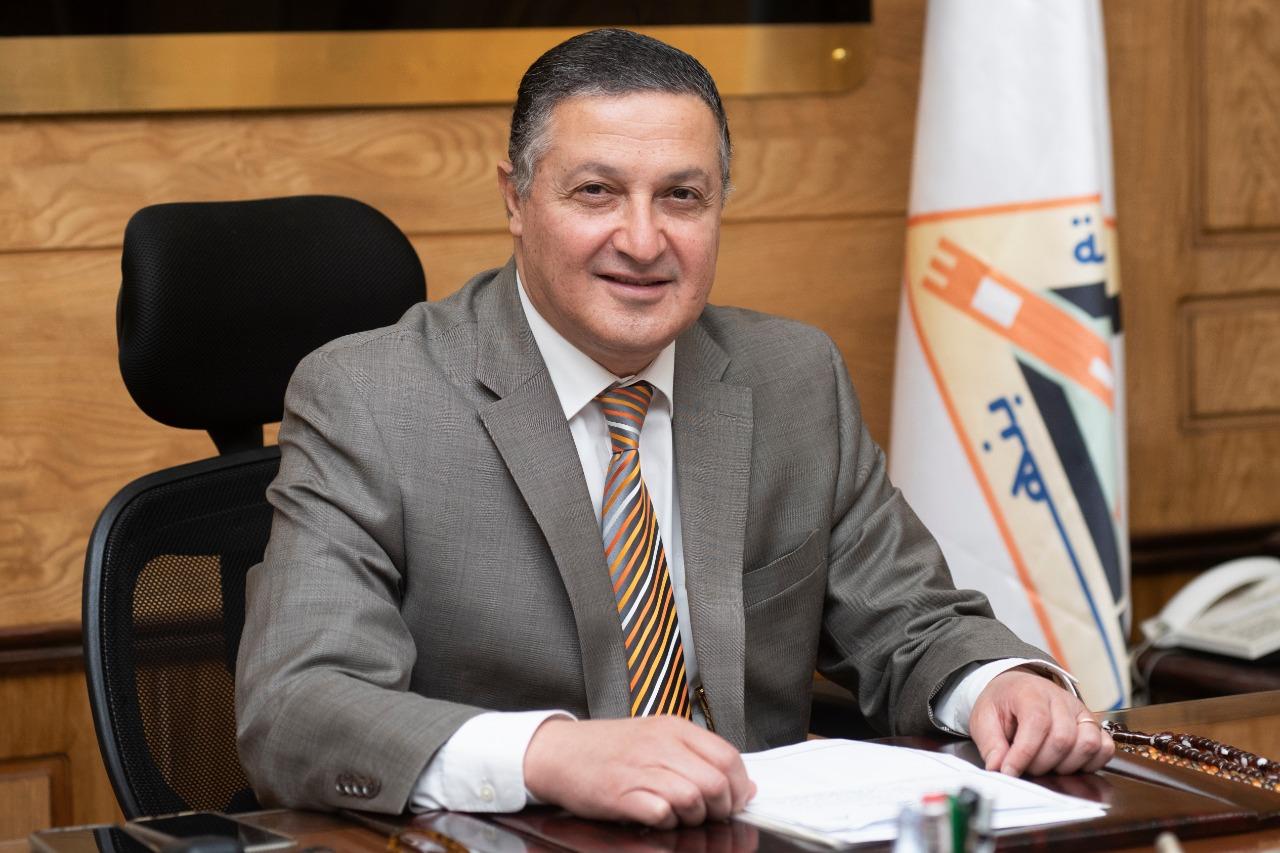 رئيس جامعة بنها يصدر عددًا من القرارات والتكليفات الجديدة