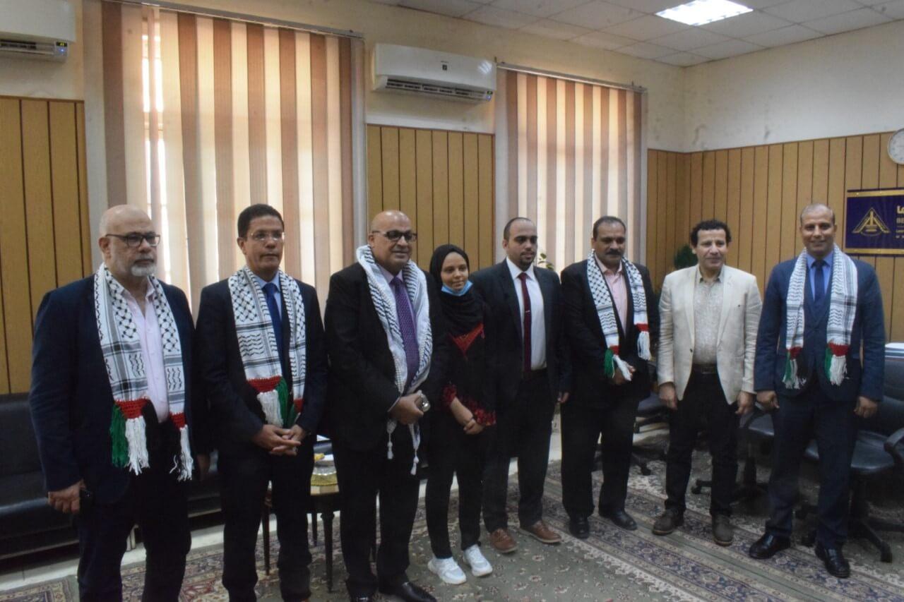 الجيزاوي وسمير يستقبلان مسئول شئون الجامعات بسفارة فلسطين بالقاهرة