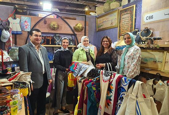 نائب رئيس جامعة بنها لشئون خدمة المجتمع تشارك في فعاليات معرض «تراثنا» للحرف اليدوية والتراثية