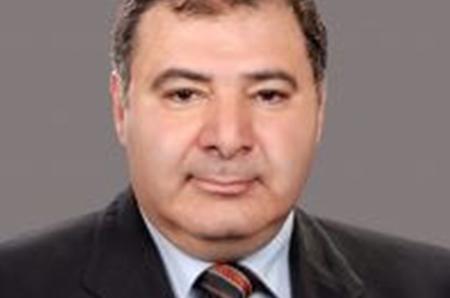أشرف شمس الدين قائماً بأعمال عميد حقوق الفيوم