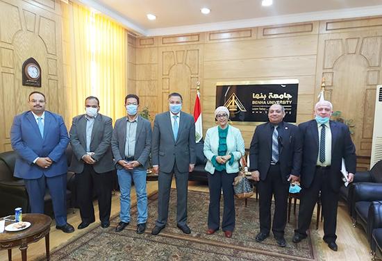 رئيس جامعة بنها يستقبل رئيس معهد تكنولوجيا المعلومات بوزارة الاتصالات