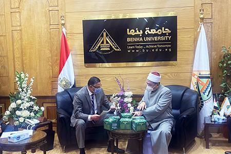 رئيس جامعة بنها يستقبل وكيل وزارة أوقاف القليوبية