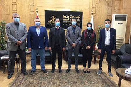اتحاد طلاب جامعة بنها يقدم التهنئة للقائم بأعمال رئيس الجامعة
