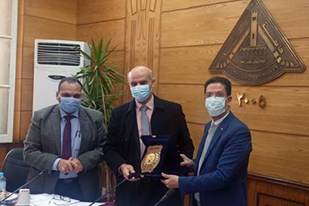 Benha University Board honors Dr.Mahmoud Maghraby Iraqi