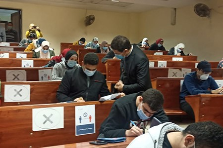 In the Evening Tour: El Gizawy inspects the 1st Semester Exams at Faculties