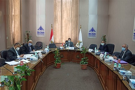 El Gizawy heads Leadership Selection Committee to interviews Candidatures for BFCAI Deanship