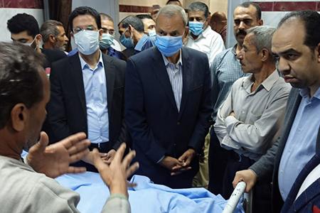 «الهجان» و«الجيزاوى» يطمئنان على الحالة الصحية لمصابي حادث قطار طوخ بمستشفى بنها الجامعي