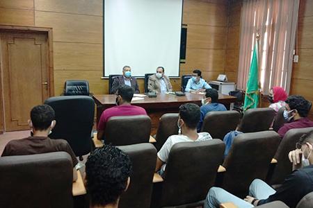 خلال لقاءه باتحاد الطلاب: نائب رئيس جامعة بنها هدفنا هو مصلحة الطلاب والحفاظ عليهم