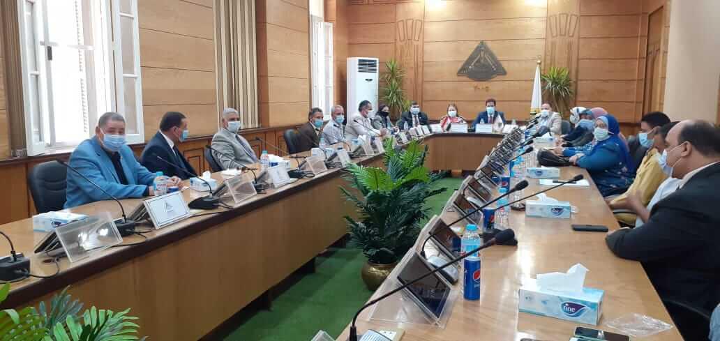 خلال رئاسته مجلس أمناء جامعة بنها:  «الجيزاوي»  يؤكد على رفع حالة الطوارئ وتطبيق الاجراءات الاحترازية داخل الكليات
